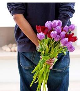 какие дарить цветы при знакомстве с женщиной