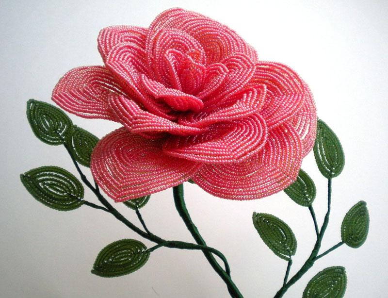 разные цветы из бисера своими руками