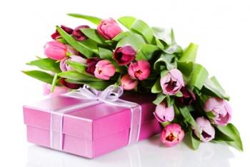 Фото на 8 марта подарки