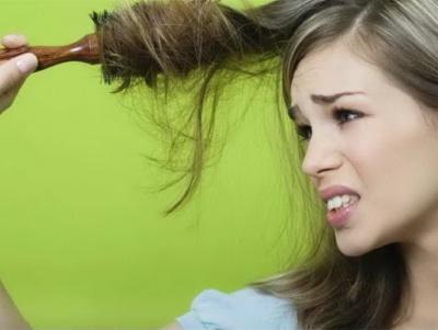 Можно расчесывать волосы ночью