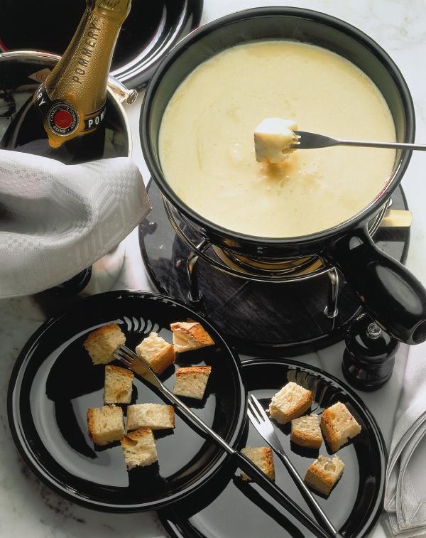 Как приготовить фондю с сыром в домашних условиях 447