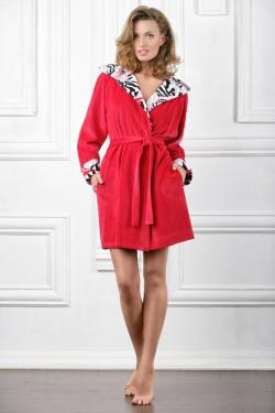 612831198ee077f Халат – это домашняя или рабочая одежда, запахивающаяся или застегивающаяся  на пуговицы или замок-молнию сверху донизу. Халаты могут быть выполнены из  ...